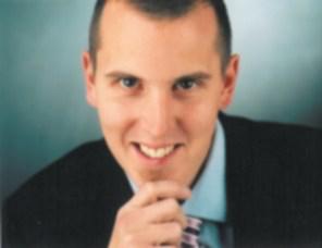 Dr. Stefan Knecht